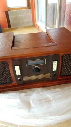 Radio (console) CD,radio etc beatiful for Sale in Pekin, IL