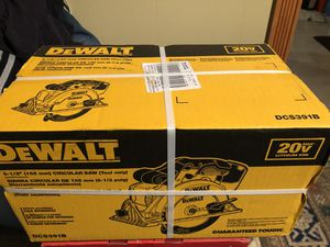 Brandnew Dewalt cordless 20v Max circular Saw for Sale in Minneapolis, MN