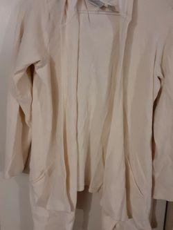 Women size Xl Thermal cardigan for Sale in San Bernardino,  CA