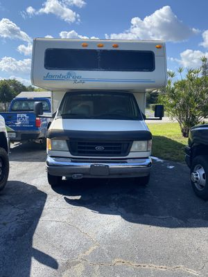 Fleet wood Jamboree Class C Rv 32ft for Sale in Pompano Beach, FL