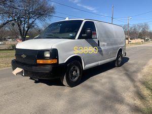 Chevy express 1500 cargo!! Muy buenas condiciones lista para el trabajo for Sale in Dallas, TX