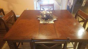 Dining Room Set, 4 Chairs & Table. Excelente condition. for Sale in Kissimmee, FL