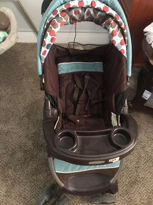 Baby car seat and stroller for Sale in Lancaster, OH