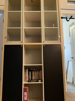 Bookcase for Sale in Issaquah,  WA