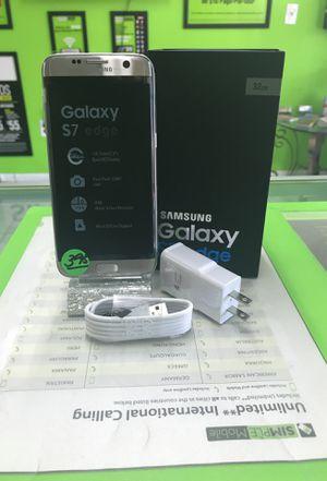 SAMSUNG GALAXY S 7 EDGE 32 GB SILVER UNLOCKED for Sale in Hialeah, FL