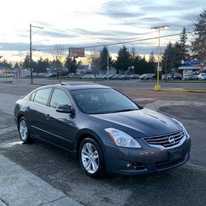 2012 Nissan Altima 3.5SR for Sale in Lakewood, WA