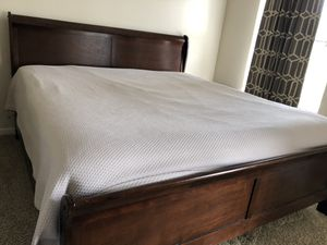 King bedroom set for Sale in Orlando, FL