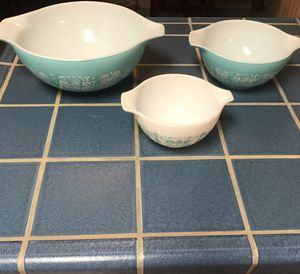 Pyrex Turquoise Amish Butterprint Cinderella Bowls for Sale in Lodi, CA