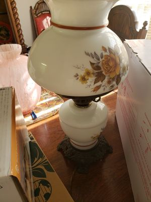 Antique vintage table lamp for Sale in North Miami, FL