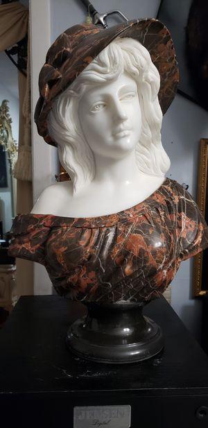 Busto de marmol for Sale in Hialeah, FL