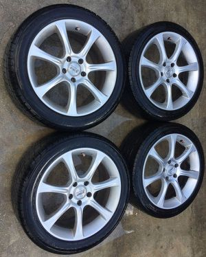 "AFTERMARKET SPORT EDITION 18"" INCH WHEEL RIMS W/ TIRES (SET OF 4) for Sale in Fort Lauderdale, FL"