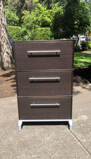 Three drawer file cabinet for Sale in Lake Grove, OR