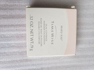 Mary Kay IVORY 100 TIMEWISE DUAL COVERAGE for Sale in Hyattsville, MD
