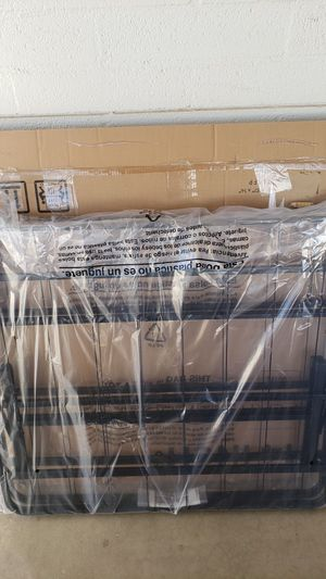 New- Linenspa Twin XL14 Inch FoldingMetalPlatform Bed Frame for Sale in Phoenix, AZ