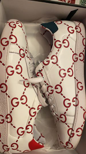 Gucci sneakers for Sale in New Port Richey, FL