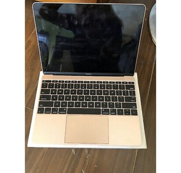 Gold(rose gold) MacBook Air 2018