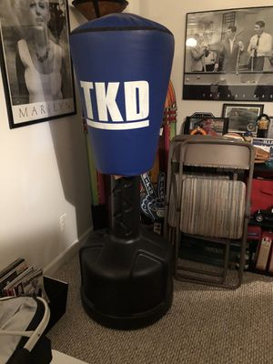 Ti Kwon Do kicking bag - great condition $90 for Sale in Geneva, IL