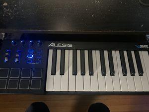 Alesis V25 MIDI Keyboard for Sale in Iowa City, IA