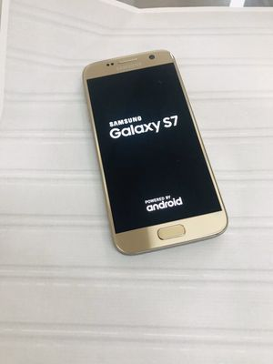 Samsung Galaxy s7,32gb,factory unlocked,excellent condition for Sale in Malden, MA