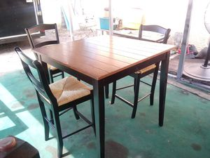 High table with 3 chairs for Sale in Fort Meade, FL
