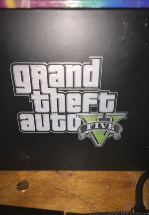 Collectors edition Gta5 pre order box, money bag w rockstar key,steel back game case for Sale in LA, US