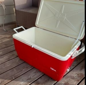 Igloo Cooler for Sale in Palo Alto, CA