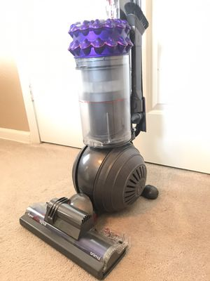 Dyson big ball animal vacuum cleaner for Sale in Irving, TX