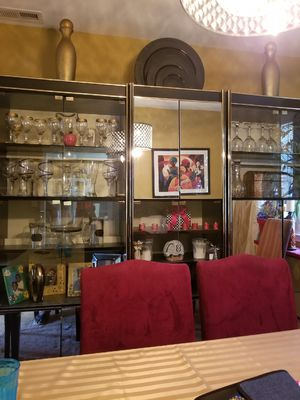 China cabinet/display for Sale in Baltimore, MD