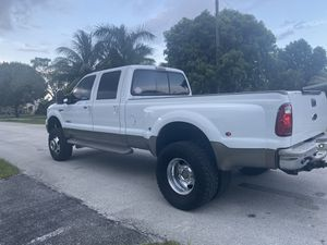 Ford F-350 4x4 diesel for Sale in Fort Lauderdale, FL