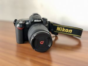 Nikon D90 DSLR Camera with 18-105mm f/3.5-5.6 Lens for Sale in Tyrone, GA