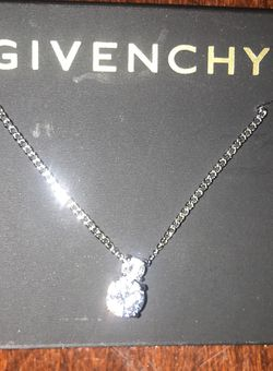 Givenchy Diomond Necklace for Sale in San Jose,  CA