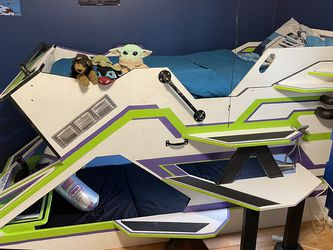 Kids Bed (custom Buzz Lightyear Spaceship) for Sale in Lake Forest Park,  WA