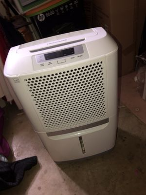 FragiDaire 70 pint Humidifier for Sale in Oxon Hill, MD