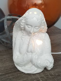 Vintage mold Virgin Mary lamp. Handmade. for Sale in Joliet,  IL