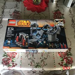 Lego Star Wars: Death Star Final Duel 2015 for Sale in Daly City,  CA