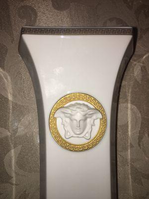 Versace Rosenthal Medusa GORGONA Vase. RARE. GORGEOUS for Sale in Plano, TX