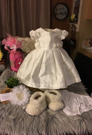 Baby girl dress 3 month set all for $25 faux fur boots for Sale in Deltona, FL