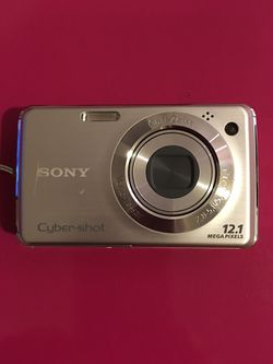 Sony Digital Camera- 12.1 Mega Pixels for Sale in Lynnwood,  WA