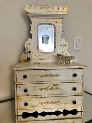 Antique jewelry dresser for Sale in Summit, NJ