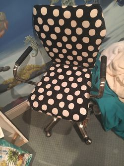 Dotted rolling chair for Sale in Falls Church,  VA