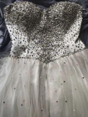 Quince dress for Sale in Whittier, CA