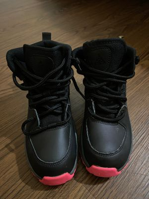 Size 1 girls Nike boots worn twice for Sale in Powder Springs, GA