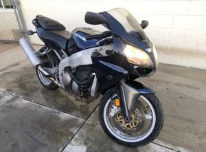 2005 Kawasaki zzr6 600 title on hand for Sale in Anaheim, CA