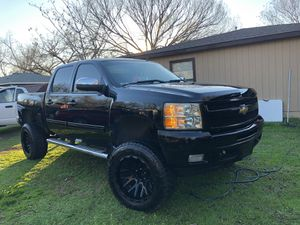2010 Chevy Silverado LTZ Lifted for Sale in Dallas, TX