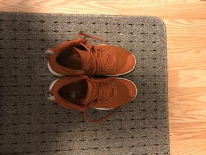 Nike zoom pev 2 Basketball shoes size 7.5. for Sale in Rockville, MD