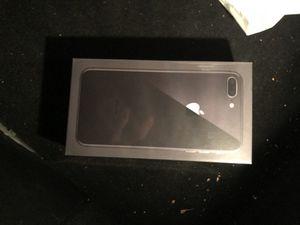 iPhone 8 64 gb for Sale in Hampton, VA