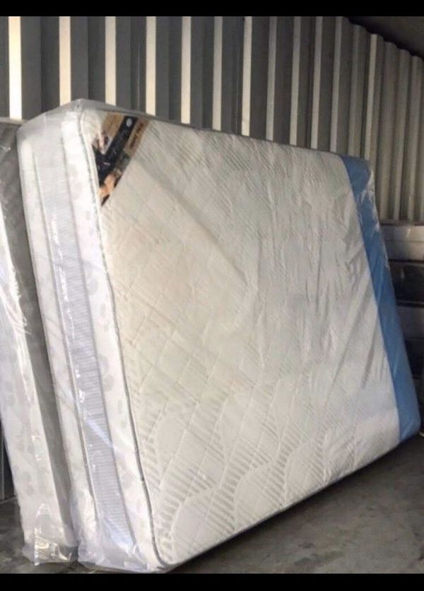 New Beds!! FREE DELIVERY! 🚚