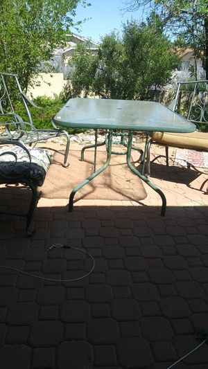 Patio table for Sale in LOS RNCHS ABQ, NM