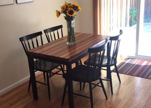 Dining room table and chairs. for Sale in Gambrills, MD