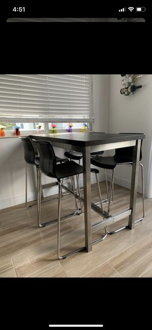 High Top Kitchen Table for Sale in Warwick, PA